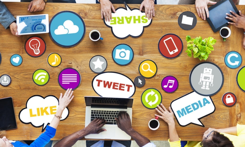 social media marketing for financial products
